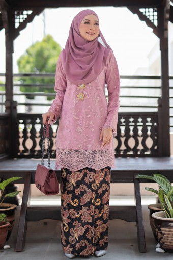 Alissa Lace - Rose Pink