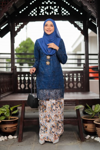 Alissa Lace 2.0 - Navy Blue