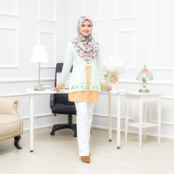 Ulayya Plain - Marshmallow Soft Green